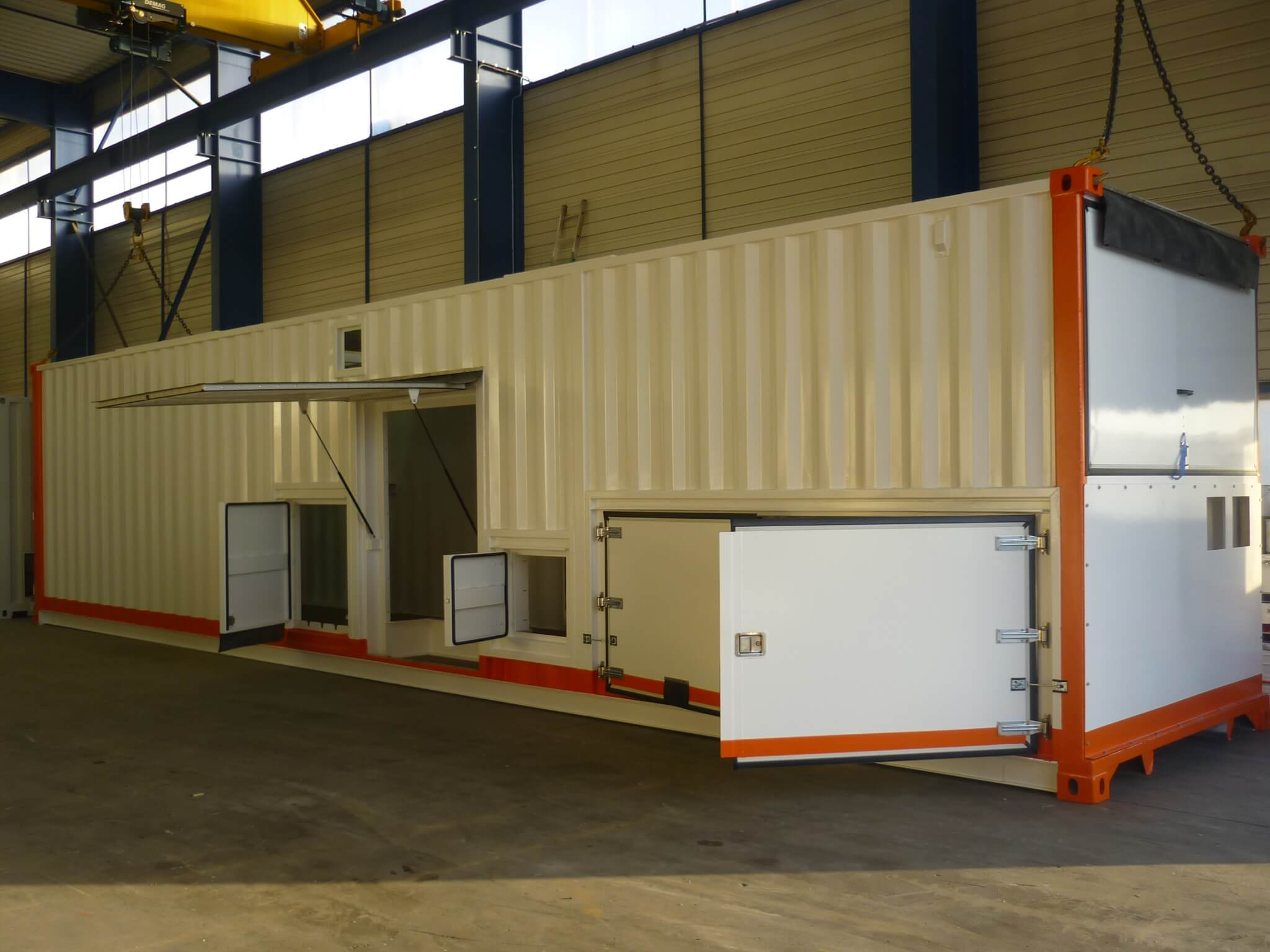 Container banc de charge