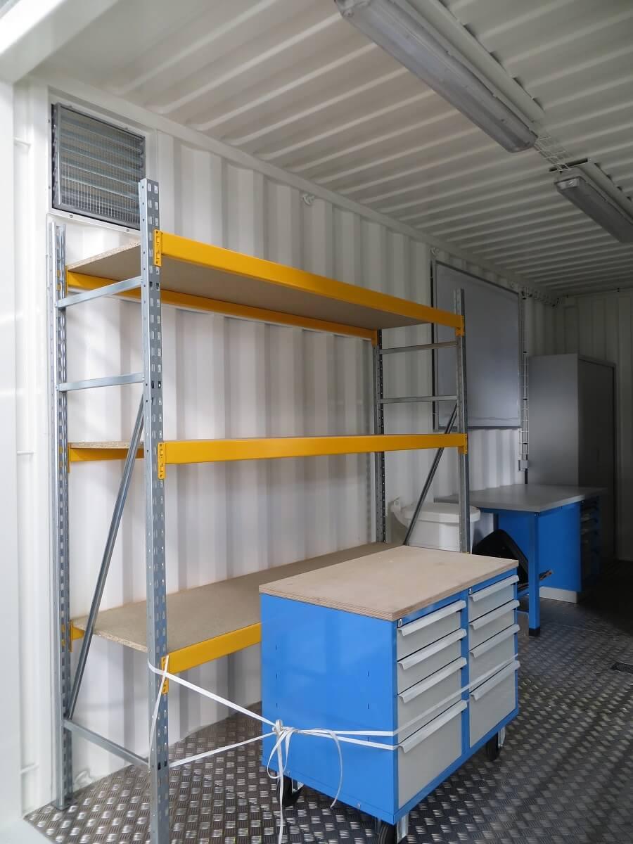 oxymontage shelter container sur mesure. Black Bedroom Furniture Sets. Home Design Ideas